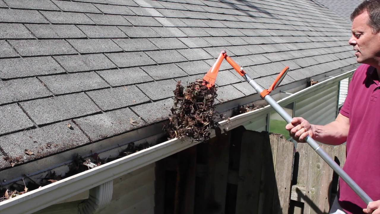 Gutter Cleaning South Shore